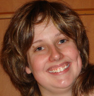Headshot of Belinda